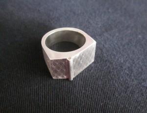 AN007-01.jpg